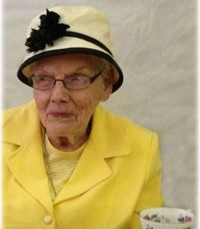 Lesley Violet Munns  January 4 1923 –