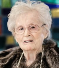Elizabeth Robertson  08 juin 1919 – 01 janvier 2019