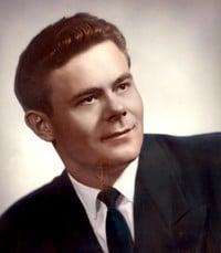 Steve Singer  January 7 1928 –