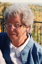 Eva Margaret McCallister  April 10 1927  February 15 2019 (age 91) avis de deces  NecroCanada