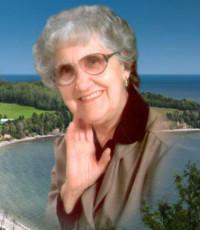 Julienne Queen  10 février 1922 – 26 mars 2019