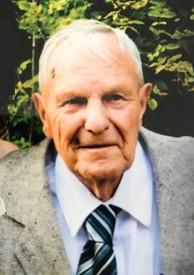 Wilfred W Molson avis de deces  NecroCanada