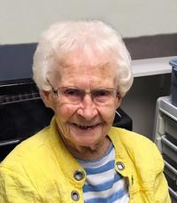 Doris Mary Stone Strang  Tuesday August 11th 2020 avis de deces  NecroCanada