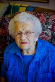 Helen Doell  May 30 1916  October 3 2020 (age 104) avis de deces  NecroCanada