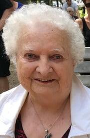 Elizabeth Honeker  October 18 1930  January 26 2021 (age 90) avis de deces  NecroCanada