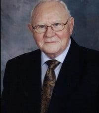 Gordon Campbell MacFarlane  Thursday June 10th 2021 avis de deces  NecroCanada