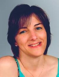 Mme Anna-Judith Demers
