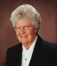 Carmen Mignault osu  28 août 1930 – 26 avril 2021