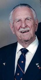 Kenneth Llewellyn Davis