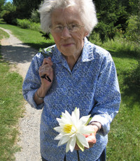 Eleanor Calder Knight Kirker  Thursday August 5th 2021 avis de deces  NecroCanada