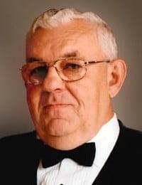 Edward J Ilkiw
