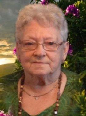 Yvonne CUMMINGS (1933-2017)