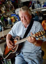 James Jim Eugene Hewitt  July 28 1945  December 15 2018 (age 73) avis de deces  NecroCanada