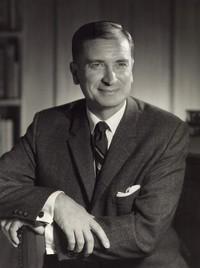 C Lloyd Dobson  11 avril 1923