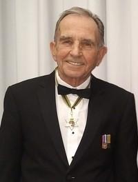 The Honourable Robert D Laing QCSOM  1940  2020 avis de deces  NecroCanada