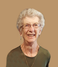 Lydia Hoffman Olineck  April 29 1928  April 26 2021 (age 92) avis de deces  NecroCanada