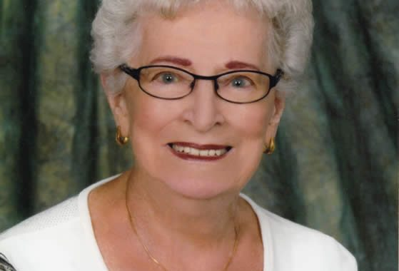 Jacqueline Moquin (1921 - 2017)