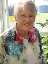 Evelyn Estella Snell Helfer  2017